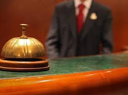 Pracownik recepcji hotelowej – obsługa gości