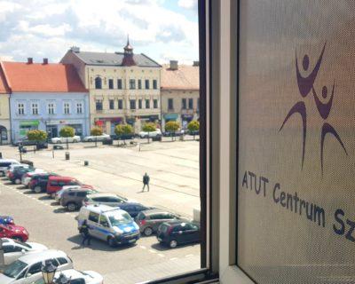 Przewodnik miejski po Oświęcimiu – edycja wiosenna 2022